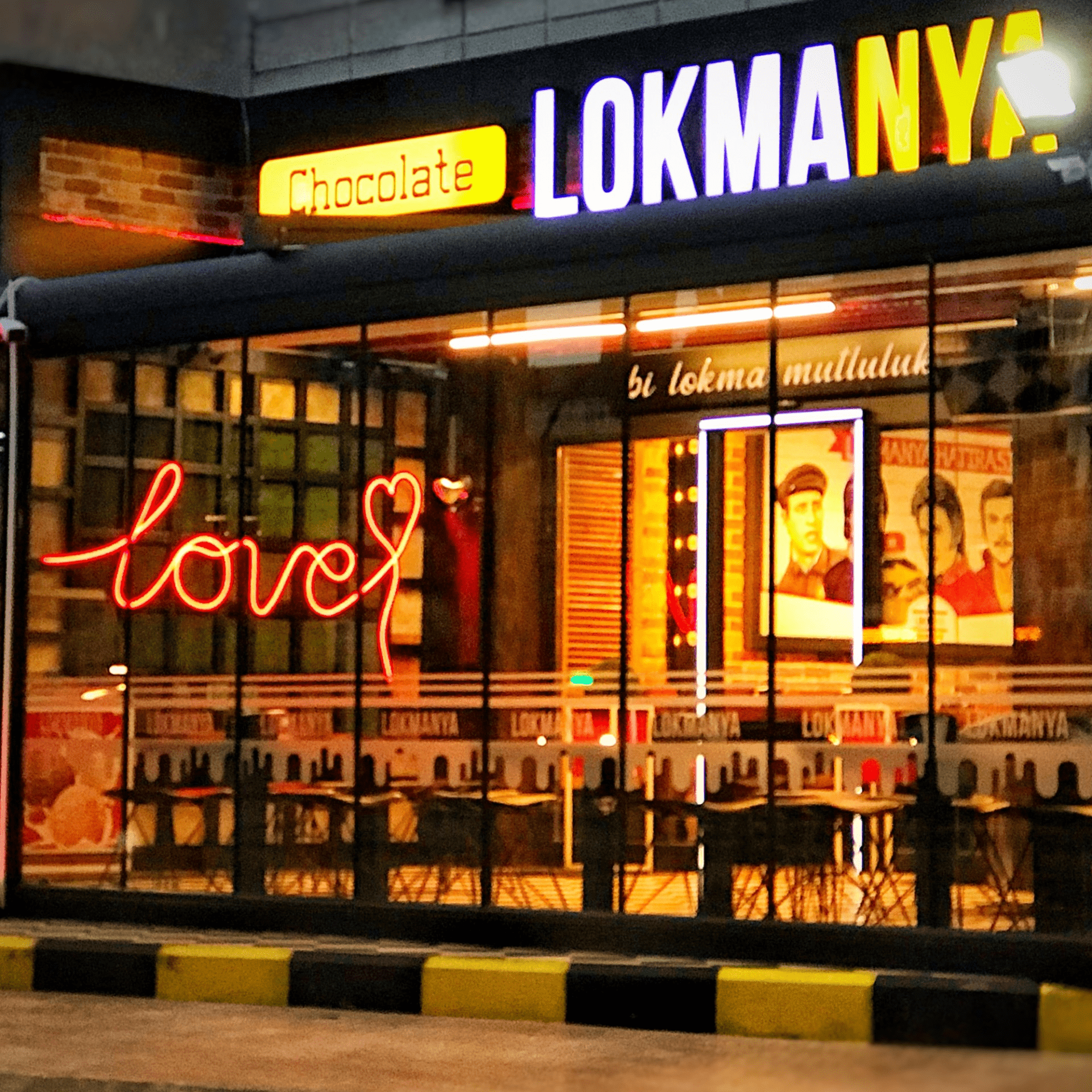 LOKMANYA CHOCOLATE&COFFEE