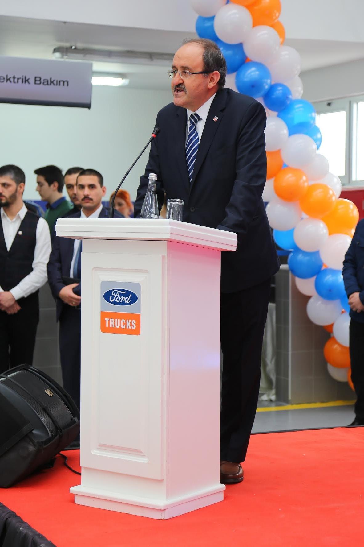 Ford Trucks bayi yatırımları Sakarya'da devam ediyor